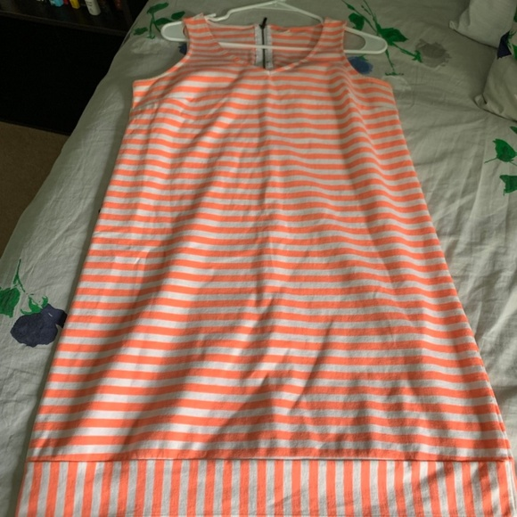 Old Navy Dresses & Skirts - Old Navy Almost Brand New Bright Peach Dress